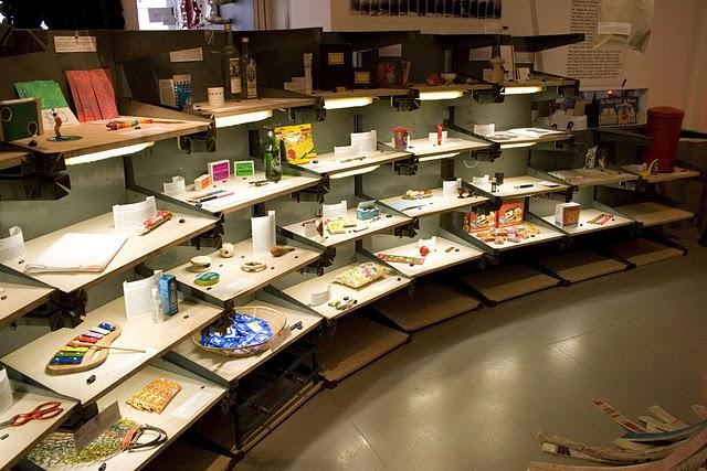 NYC-kiosk-store-interior-motilo