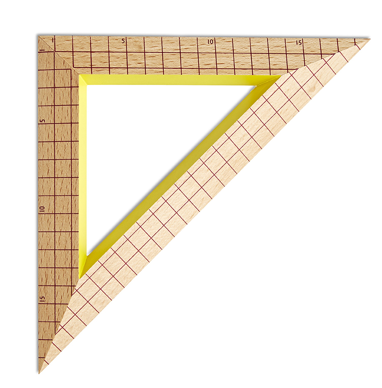 Wooden Ruler Triangle bordeaux